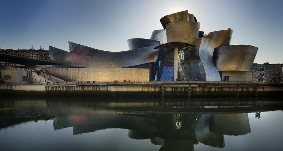 """""""retro futuristic architecture""""  Retro futuristic architecture inspirations retro futuristic arquitecture inspirations capa"""