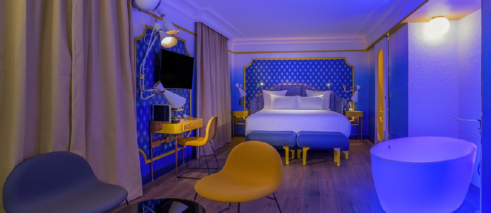 lamps Vintage Mood: Sound, Groove and DelightFULL's Lamps IDOL HOTEL SUITE BLUE SUNSHINE 3 PARIS 8