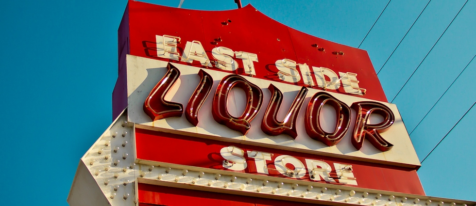 vintage neon sign Vintage Signs Top 10 Neon Vintage Signs east side liquor web
