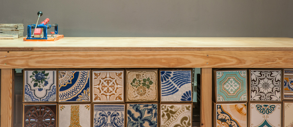 portuguese tiles featured portuguese tiles Portuguese tiles are this shop's perfect wall pattern  portuguese tiles featured