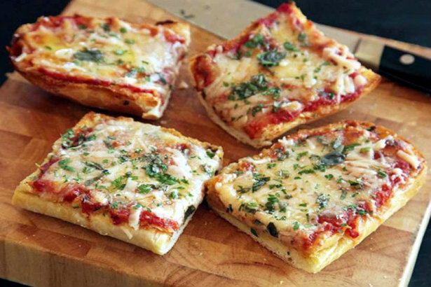 retro recipes A trip to the 80's with some retro recipes A trip to the 80s with some retro recipes French Bread Pizza