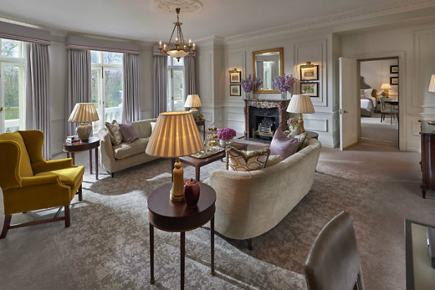 London's Mandarin Oriental furniture for auction | Presidential Suite Mandarin Oriental London's Mandarin Oriental furniture for auction London   s Mandarin Oriental furniture for auction 5