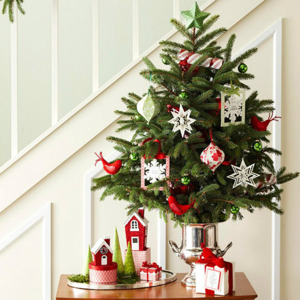 5 BEST HOLIDAY DESIGN IDEAS FOR SMALL SPACES