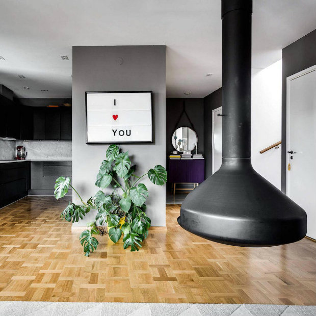 scandinavian apartment Stylish Scandinavian apartment in sleek shades of grey A stylish Scandinavian apartment in sleek shades of grey FEATURED