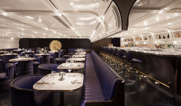 Foxglove Lounge Bar: An Exclusive Vintage Bar in the Heart of Hong Kong