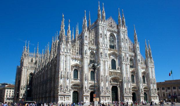 Salone del Mobile Milan City Guide for Design Lovers FEAT salone del mobile Salone del Mobile: Milan City Guide for Design Lovers Salone del Mobile Milan City Guide for Design Lovers FEAT