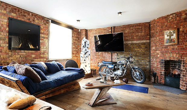 Industrial London Flat with Exposed Brick Walls