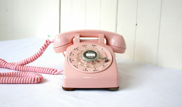 Vintage Accessories Vintage Phones You Need To Collect Now FEAT vintage accessories Vintage Accessories: Vintage Phones You Need To Collect Now Vintage Accessories Vintage Phones You Need To Collect Now FEAT