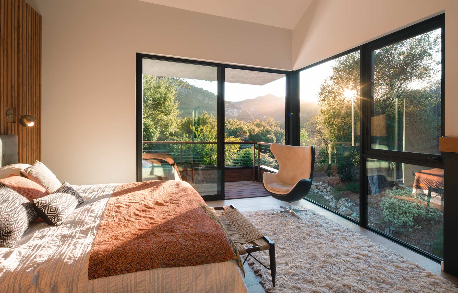 Windowed Wall Trend: The Great Escape To The World Outside! ⛰️ windowed wall Windowed Wall Trend: The Great Escape To The World Outside! ⛰️ 11 3