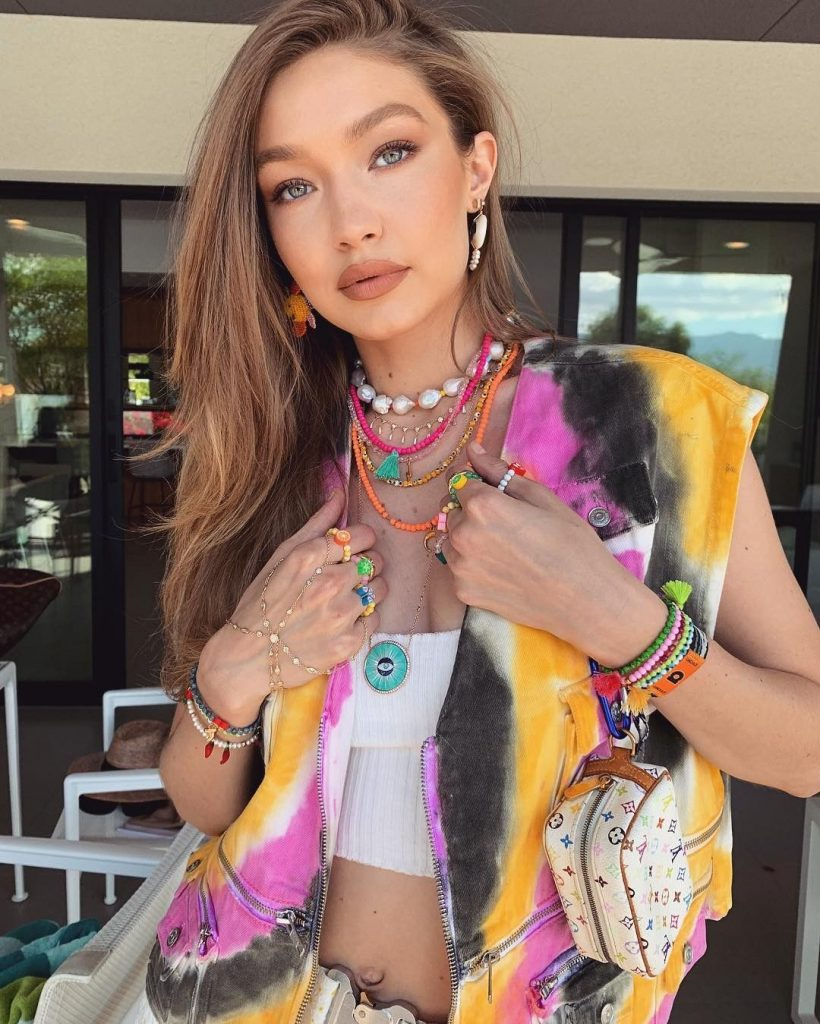 Coachella Trends You Need To Know Right Now! 🌈 (and bring them to your home!) coachella trends Coachella Trends You Need To Know Right Now! 🌈 (and bring them to your home!) 1 1