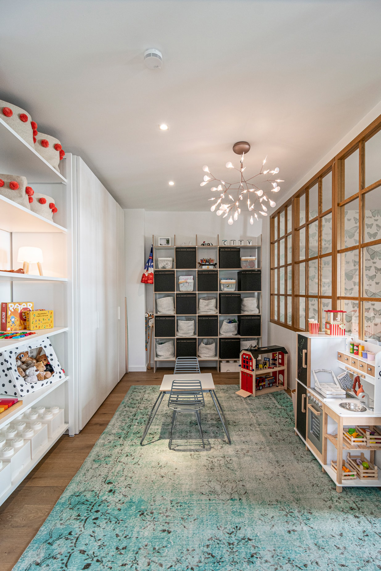 Find The Most Beautiful Character Of Neue Werkstaetten Concept & Store! neue werkstaetten Find The Most Beautiful Character Of Neue Werkstaetten Concept & Store! 12 6