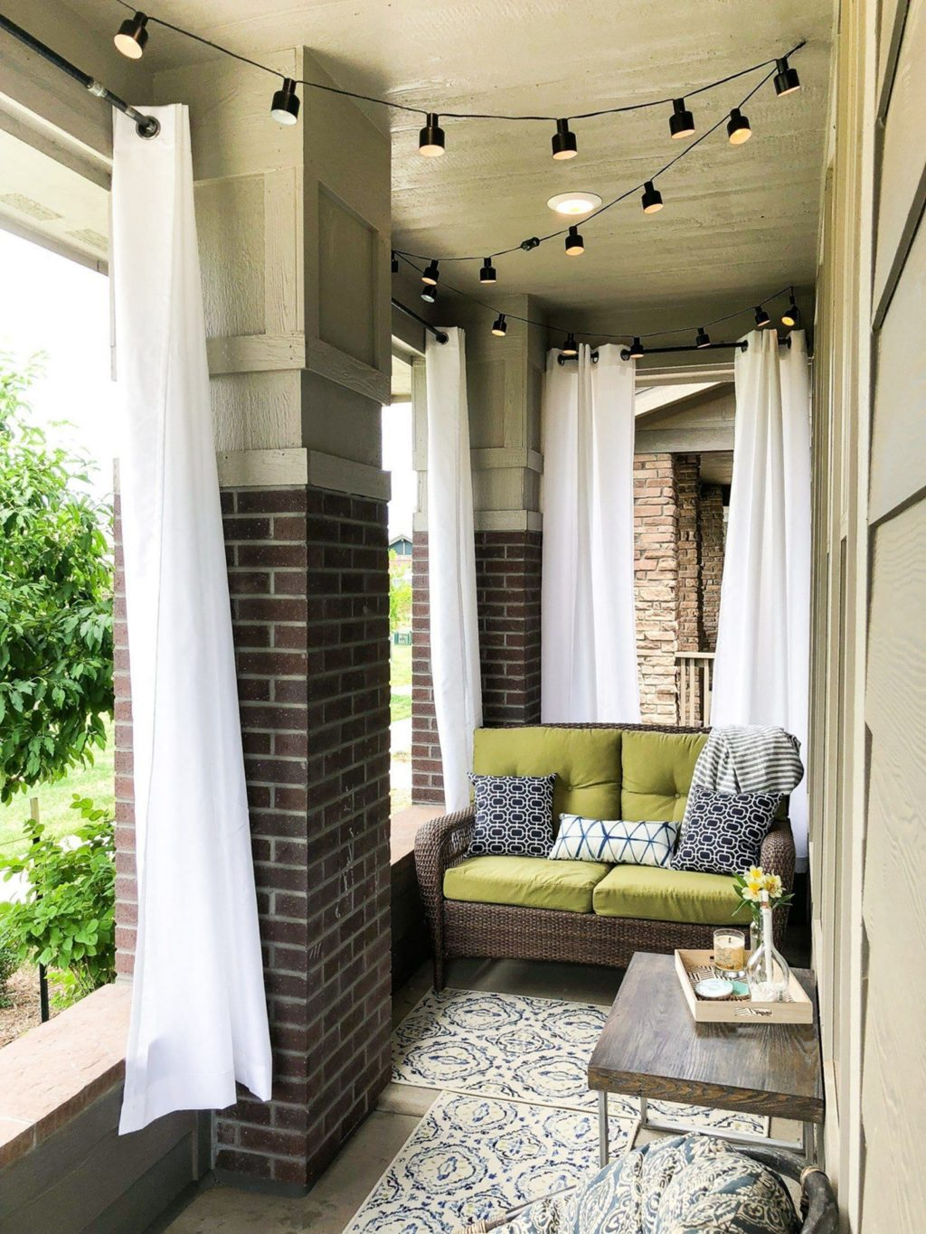 15 Porch Design Ideas That Will Have You Outside All Summer Long ☀️ porch design ideas 15 Porch Design Ideas That Will Have You Outside All Summer Long ☀️ 10 2