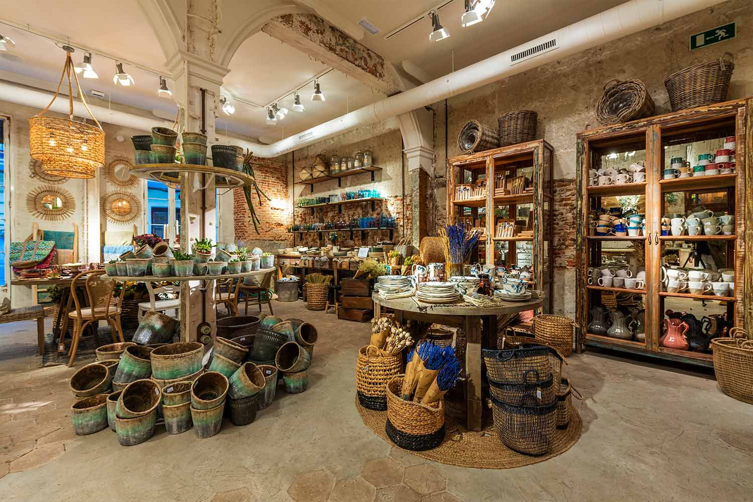 Where To Shop – The Best Luxury Showrooms In Madrid showrooms Where To Shop – The Best Luxury Showrooms In Madrid Where To Shop     The Best Luxury Showrooms In Madrid 4